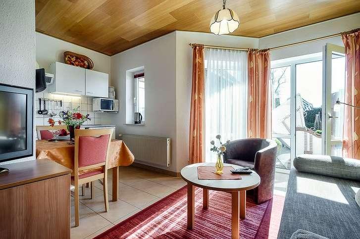 Appartementhaus 04